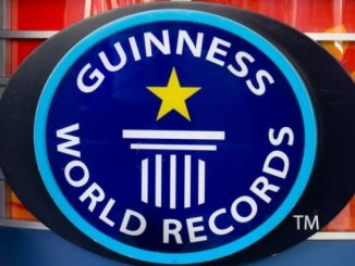 Showing translation for Guinness world records icon Translate instead Guiness world records icon 26/5000 Icono de récords mundiales Guinness